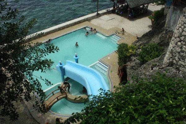 dakong bato pool